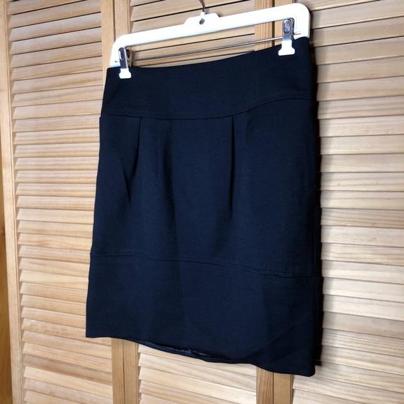 Bubble but mini skirts Vince Skirts Black Mini Skirt 6 Poshmark
